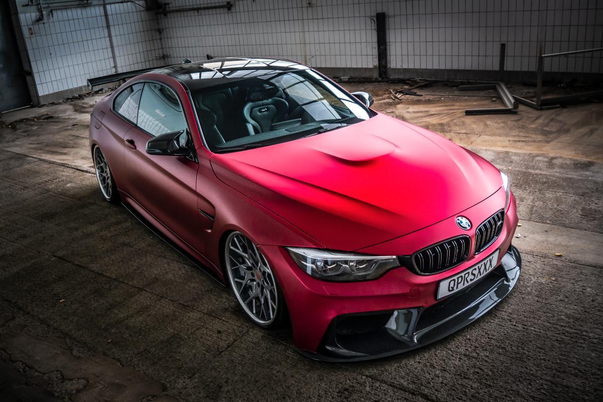 BMW M4 + Decor