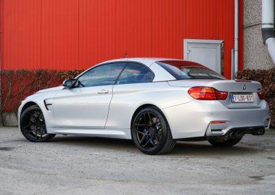 BMW M4-11
