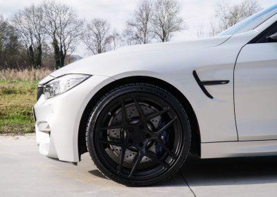 BMW M4-3